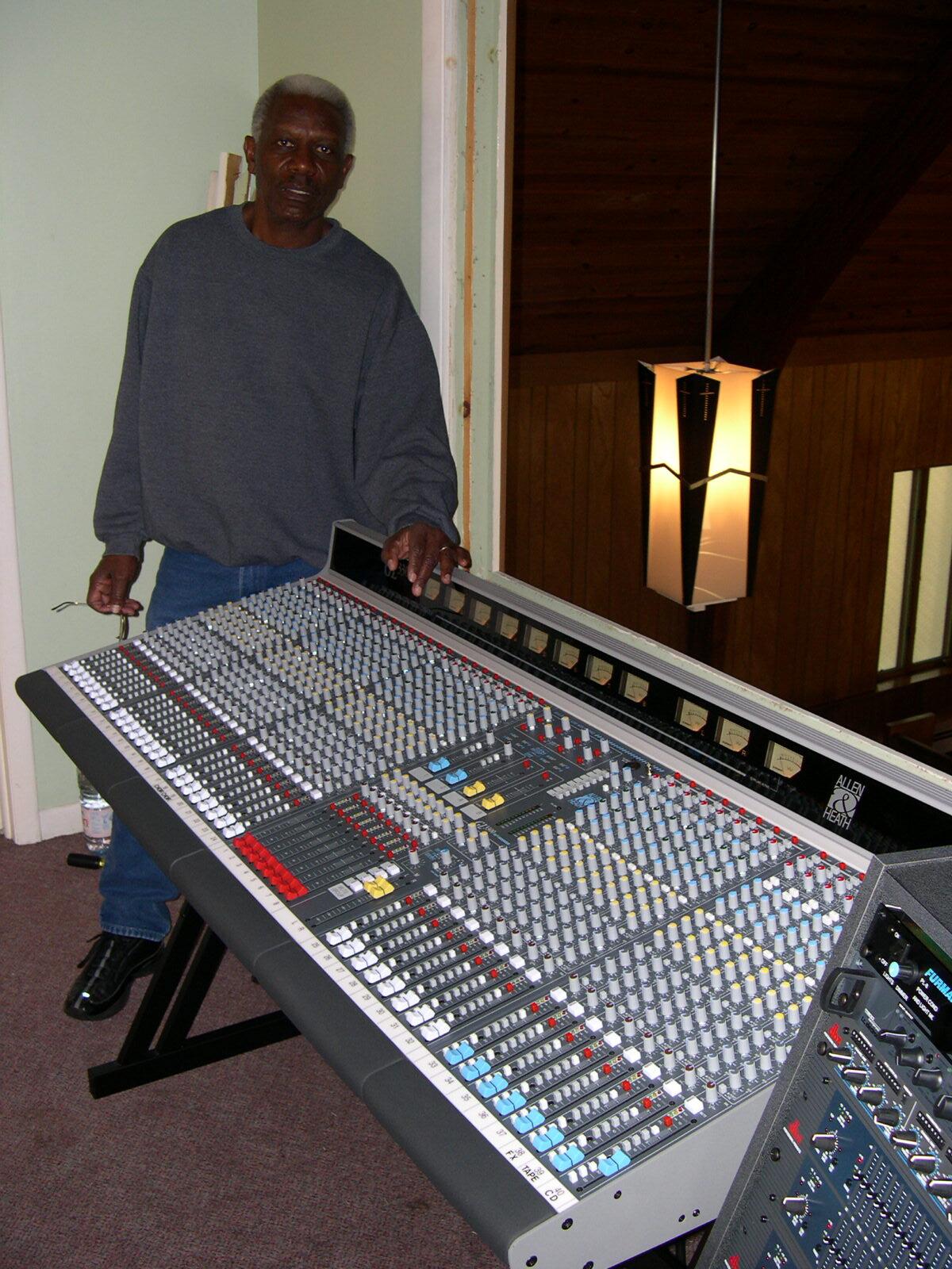 Dbx 1231: Our Sound System